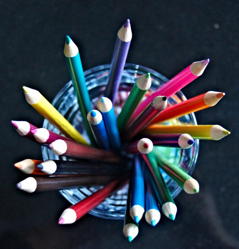 Lápices de colores, material usado en arteterapia